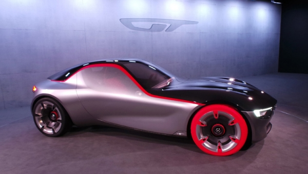Concept sports cars: Travelling through time becomes more real