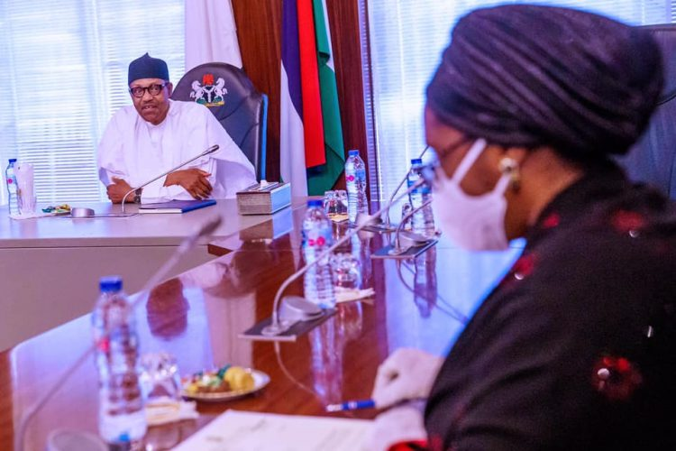 photo news buhari receives briefing on economic impact of covid 19